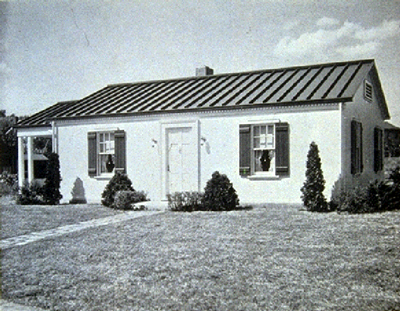 "Insulated Steel's Steelox house. (via Columbia University's ""Call it Home: The House That Private Enterprise Built"")"