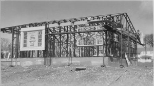 Lustron construction (Image via the National Trust for Historic Preservation)