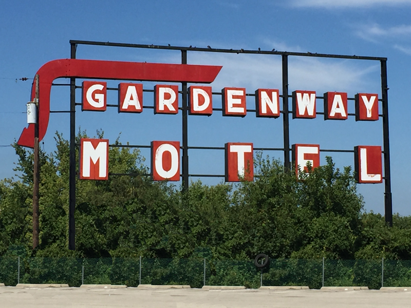 Gardenway Motel sign visable from both Route 66 and I-44.