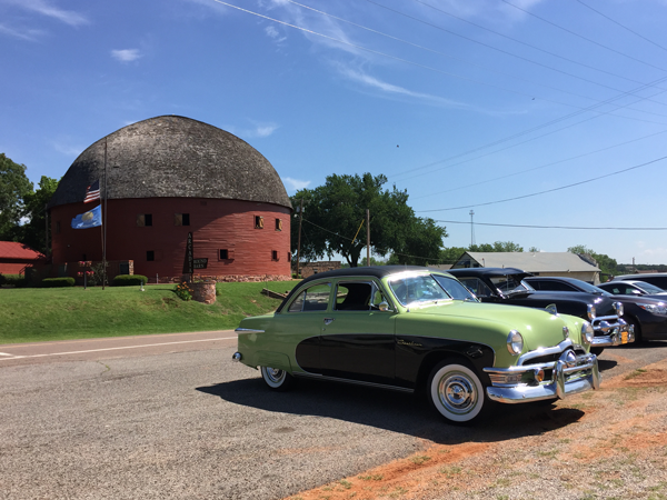 More fun cars, this time outside the round barn in Arcadia, Oklahoma.