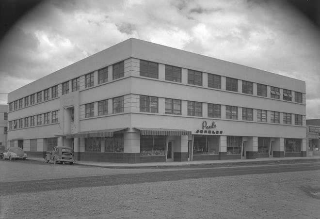 Loussac-Sogn Building (1)
