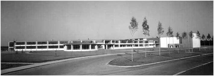 (West) Anchorage High School. (4)